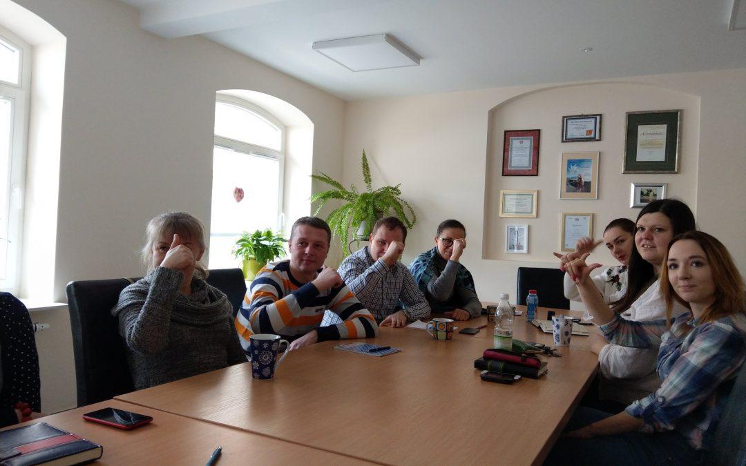 Zajęcia z języka migowego dla zespołu